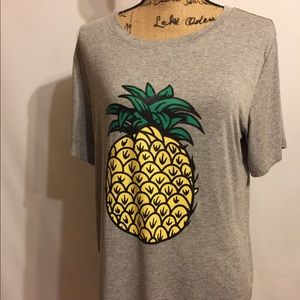 Tops - Grey pineapple t-shirt